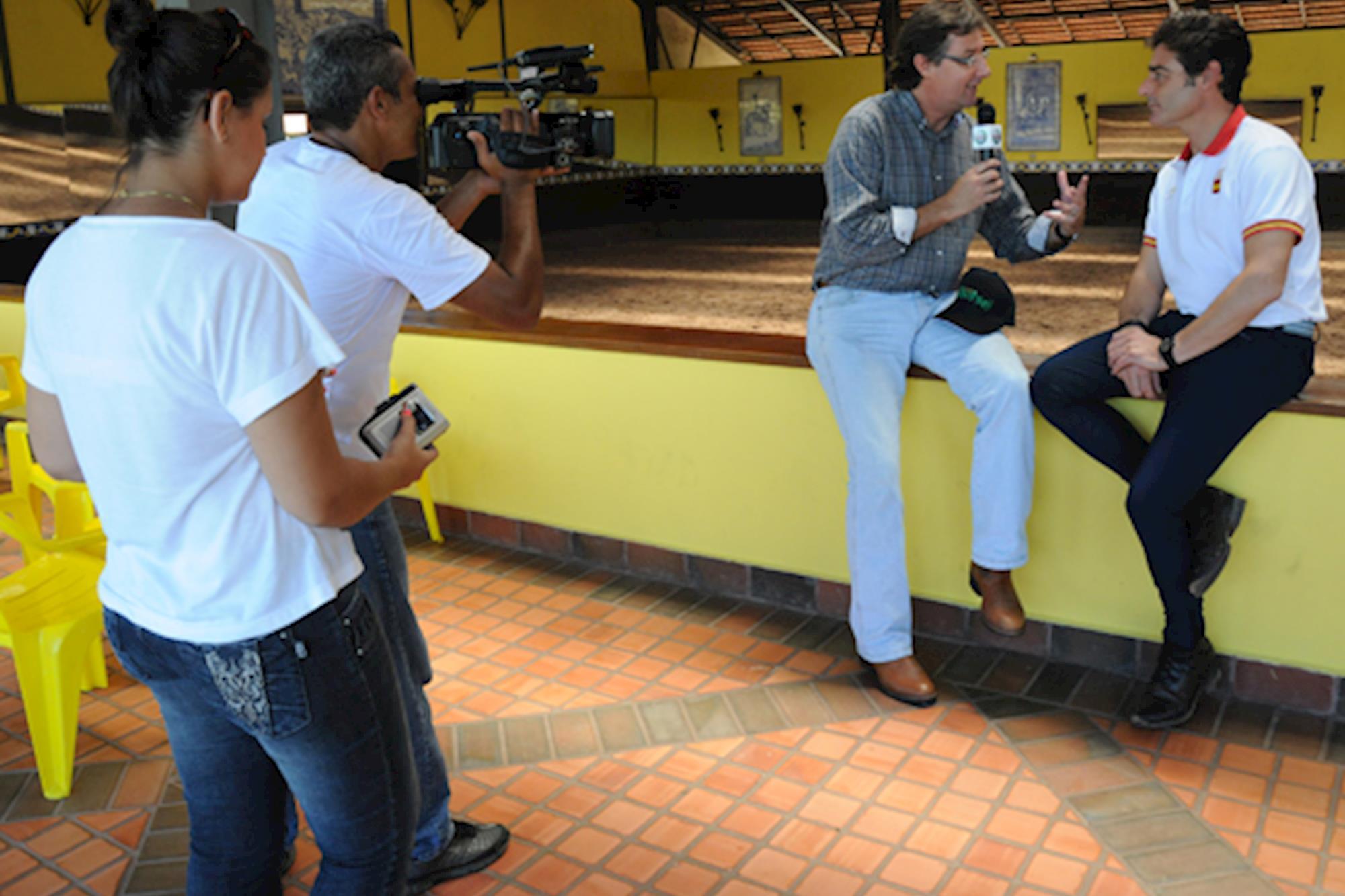 Juan Munoz ministra clínica em Itu (SP)