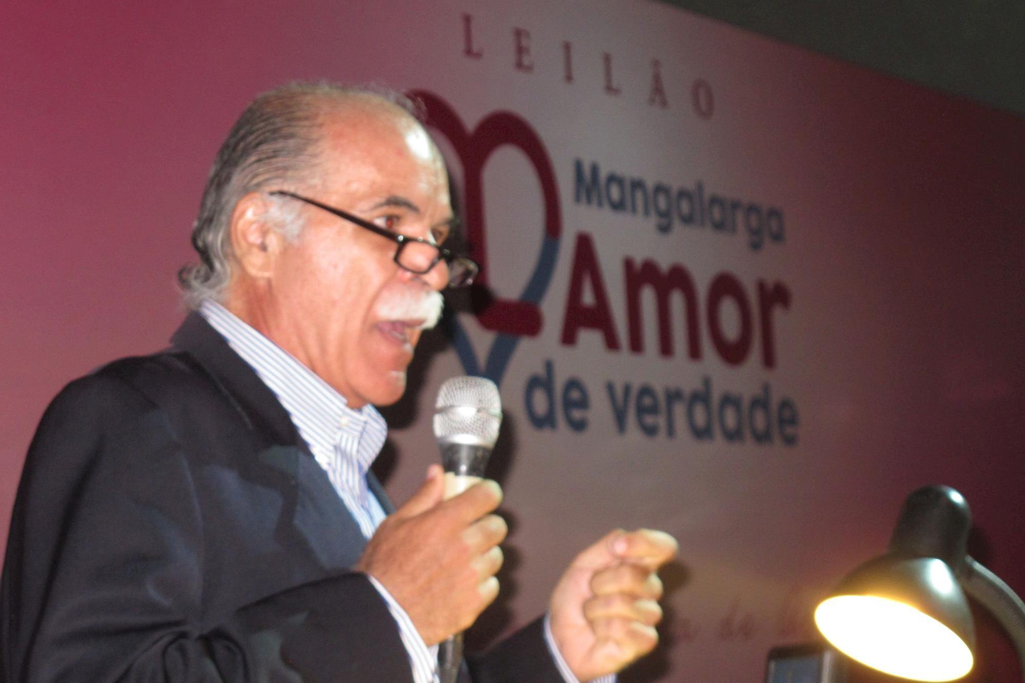 Leilão beneficente arrecada R$ 1, 1 milhão