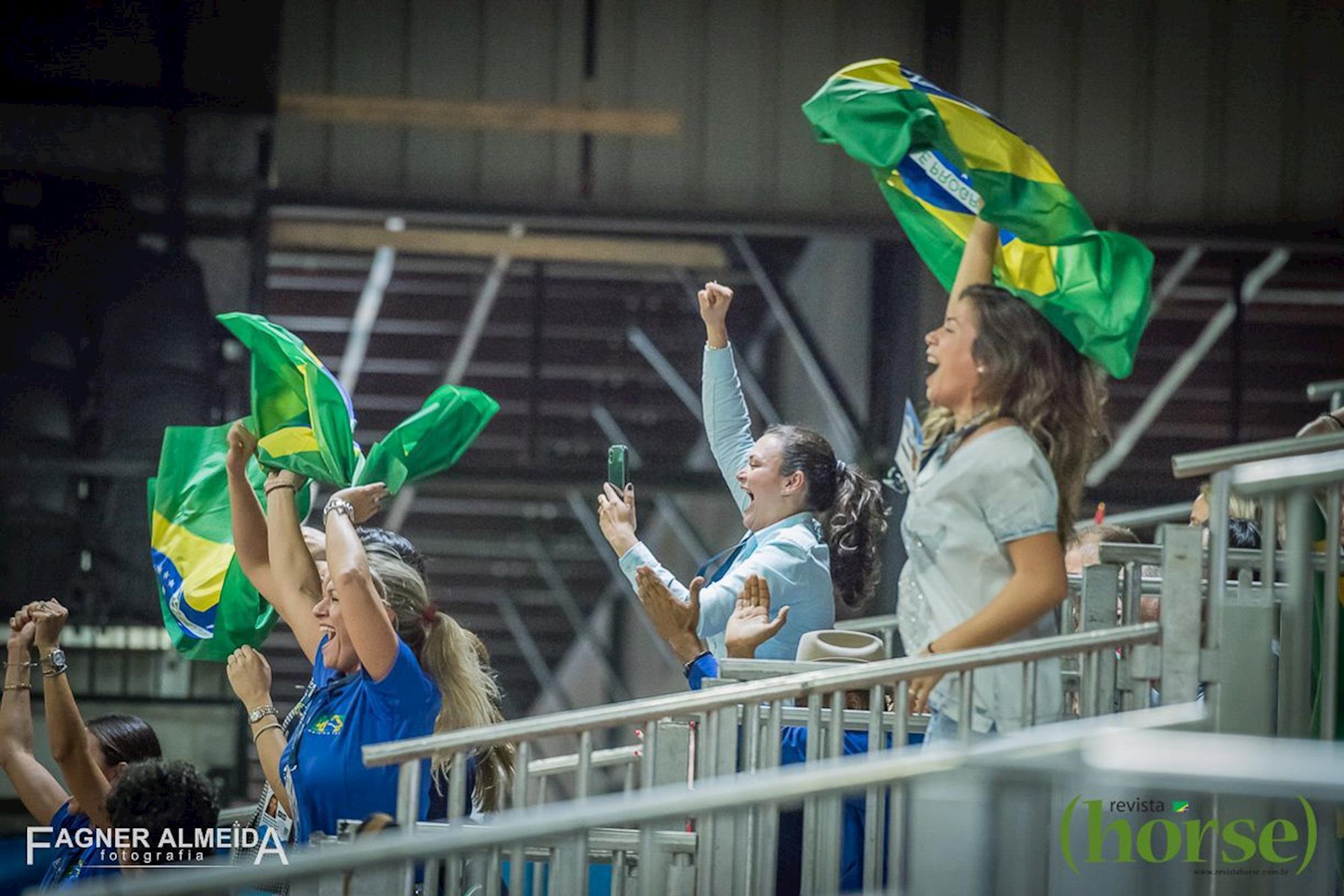 Brasileiros de Rédeas em pista nos JEM