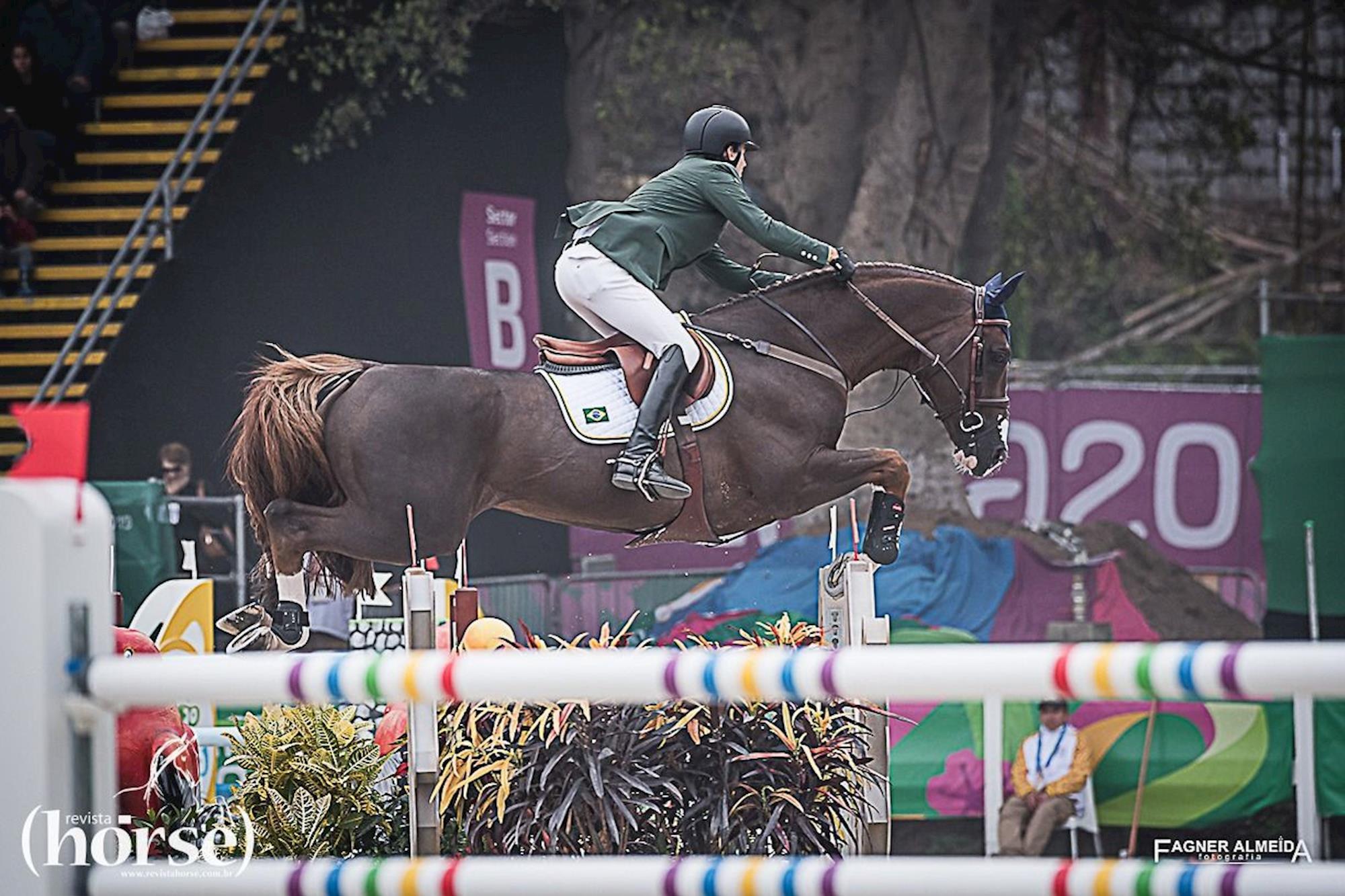 PEDRO VENISS/QUABRI DE LÍSLE, PEDRO VENISS,  QUABRI DE L ÍSLE, Fagner Almeida/Revista Horse, Time Brasil dá grande salto para o pódio e à vaga da Olimpíada de Tóquio
