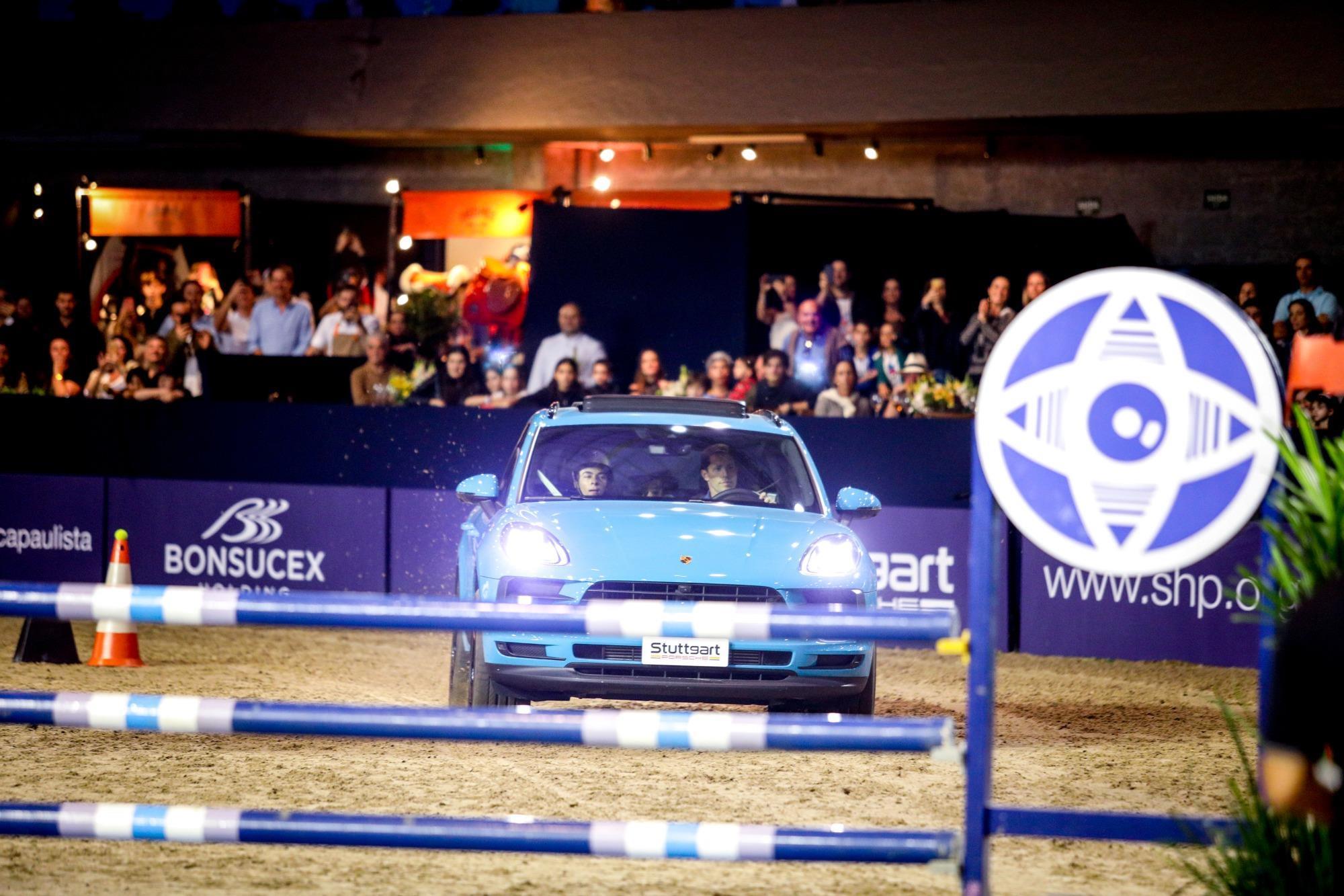 indoor 2020, salto, carro x cavalos, Gabi Lutz