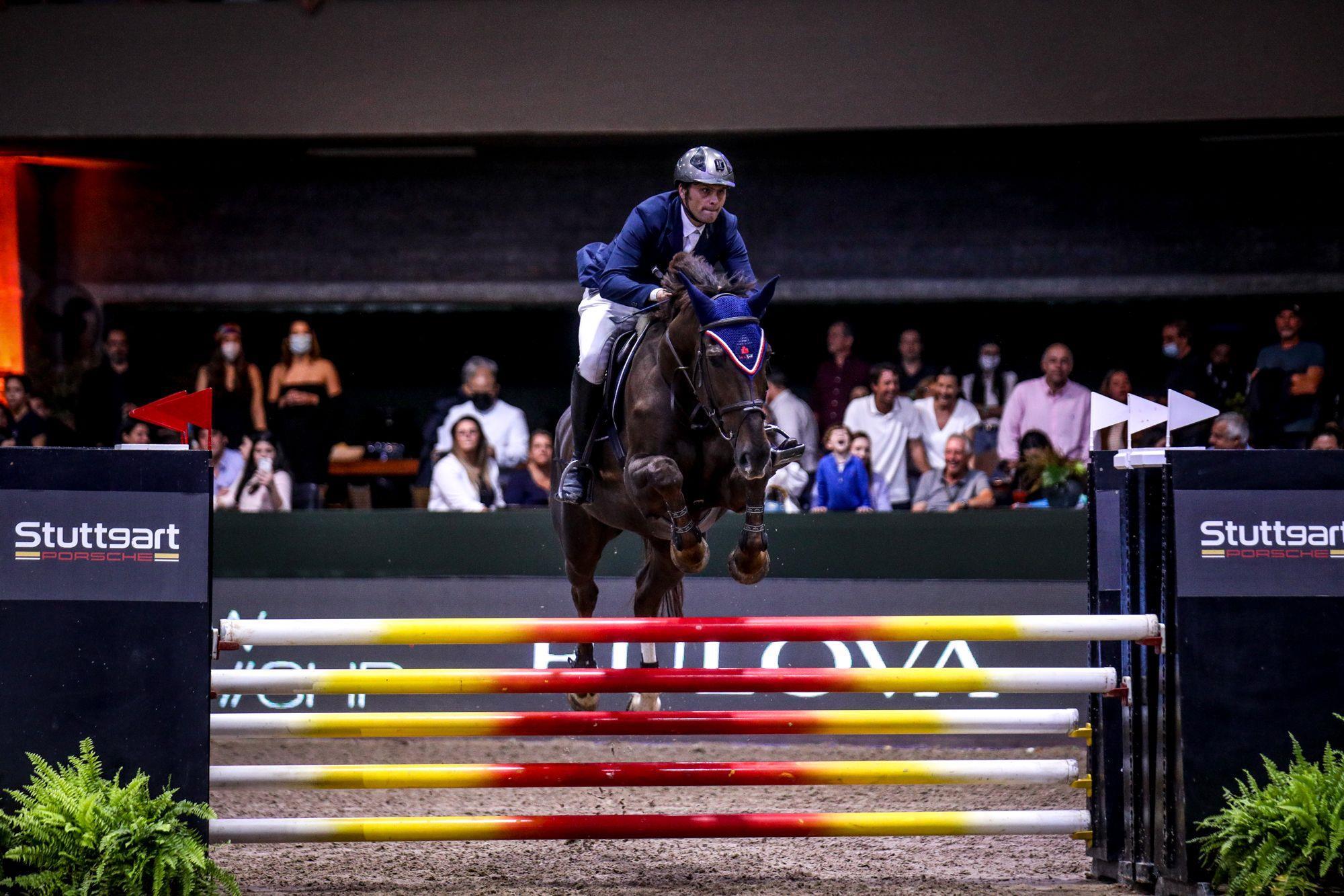 Nicolas Dattelkremer,  integrante da dupla 2ª colocada,  em seu percurso, Carro x cavalo,  Indoor,  prova,  hipismo,  desafio,  Hípica Paulista, Luis Ruas, Carro x cavalo agita o Indoor 2021